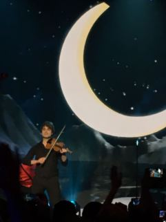 "Eurovision: You Decide at Hammersmith Apollo - Alexander Rybak singing ""Fairytale"""
